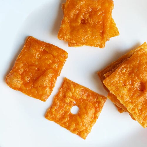 Crispy Cheddar Crisps from No Bun Please