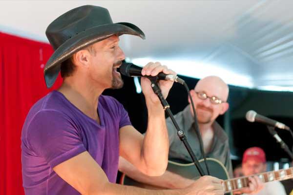 Keto Celebrities: Tim McGraw Band