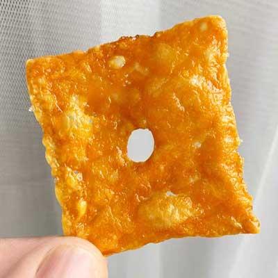Keto Cheez-It Cheddar Cracker